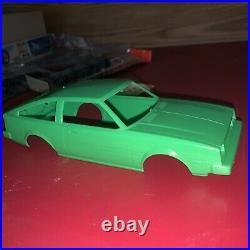 1/24 Model Kit Vintage Toyota TRUENO Te Liftback