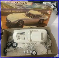 AIRFIX-24 / COX / TOYOTA 2000GT Model Kit VINTAGE 1/24 Made in ENGLAND Very RARE