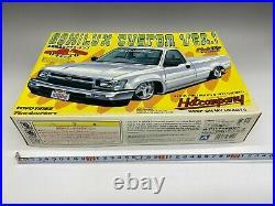 Aoshima 1/24 80HILUX CUSTOM VER. 1 Toyota Hilux Custom VER. 1 Hot Company