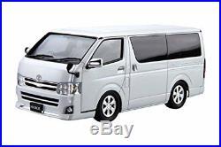 Aoshima 51573 The Model Car 06 TOYOTA TRH200V Hiace Super GL'10 1/24 Scale Kit