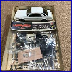 Aoshima TOYOTA NEW CORONA HT 2000 GT TWIN CAM 1/24 Model Kit #11211