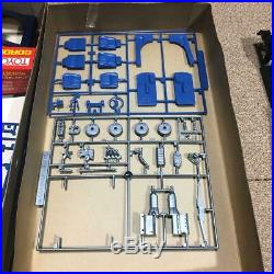 Bandai TOYOTA COROLLA COUPE LEVIN 1600 DOHC EFI 1/20 Model Kit Vintage #12365