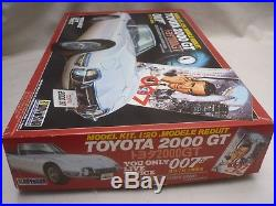 Doyusha Un-made plastic kit of a James Bond's Toyota 2000GT, with figures