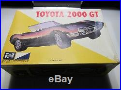 MPC Toyota 2000 GT Roadster 125 Scale Vintage Model Car Kit