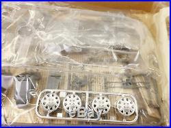 Tamiya 1/24 scale Toyota Corolla FX-GT AE92 vintage kit (#24073)