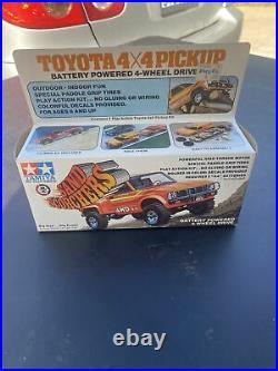 Tamiya 1/32 Sand Scorchers Motorized 1970s Toyota 4X4 Stepside Pickup Truck