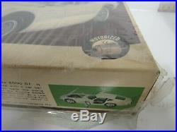 Vintage Imai Toyota 2000GT Motorized Model Kit 116 Scale Sealed MIB LV045